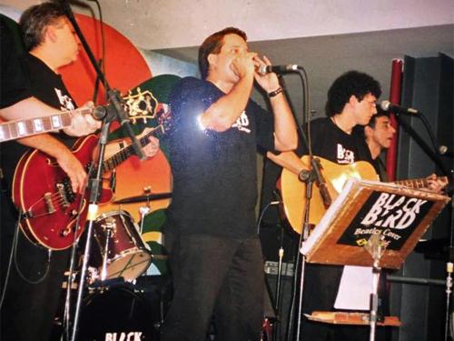 Black Bird Beatles Cover - Rioshopping 2003