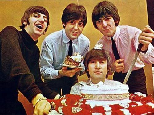 Aniversário da Black Bird Beatles Cover