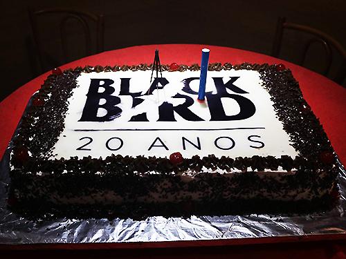 Bolo Black Bird Beatles Cover 20 anos